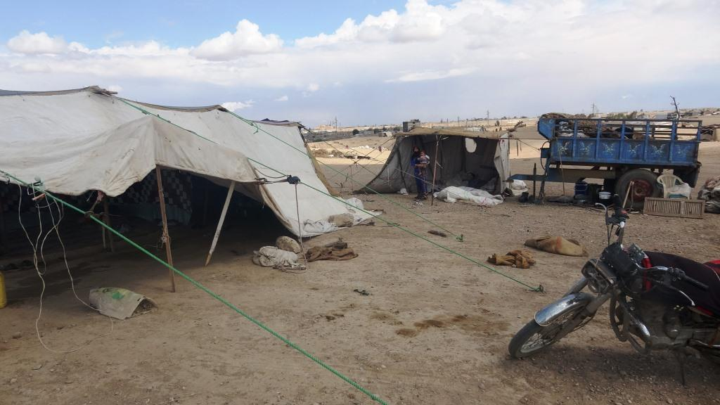 """Photo of """"Tal al-Baya camp"""" forgotten camps, its displaced people appeal"""