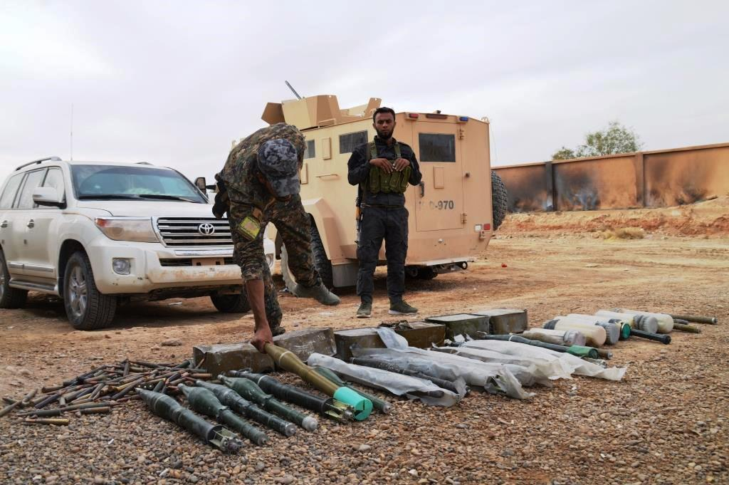 Photo of SDF found IS' ammunition depot