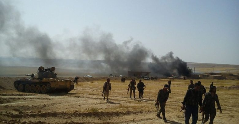 Photo of The International Coalition intensifies its bombardment again and the ISIS official radio station continues its broadcast in the east of the Euphrates despite the violent clashes between the organization against the SDF