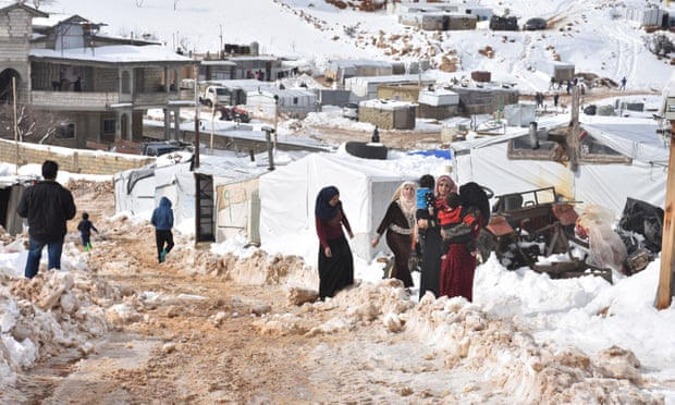 Photo of 'Real risk' of refugees freezing to death in Syria after rains destroy shelters