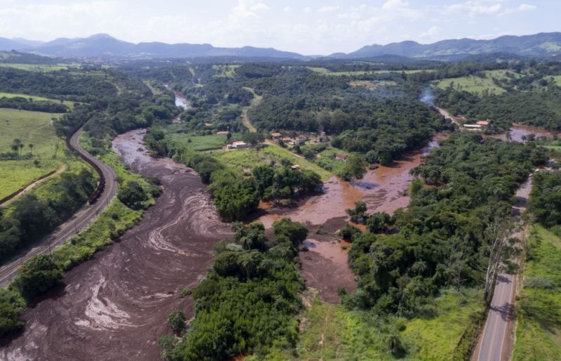 Photo of Brazil Dam Collapse: Nine Dead And Hundreds Missing After Muddy Sludge Engulfs Site