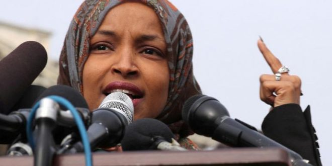 Photo of Trump: A Muslim Democrat should resign because of her anti-Semitic statements