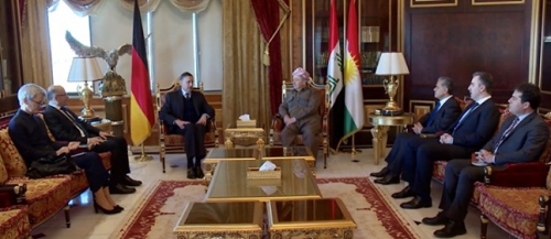 Photo of Barzani tries to cover up his corruption and control him by interfering with the affairs of Roj Ava and see everything allowed to himself