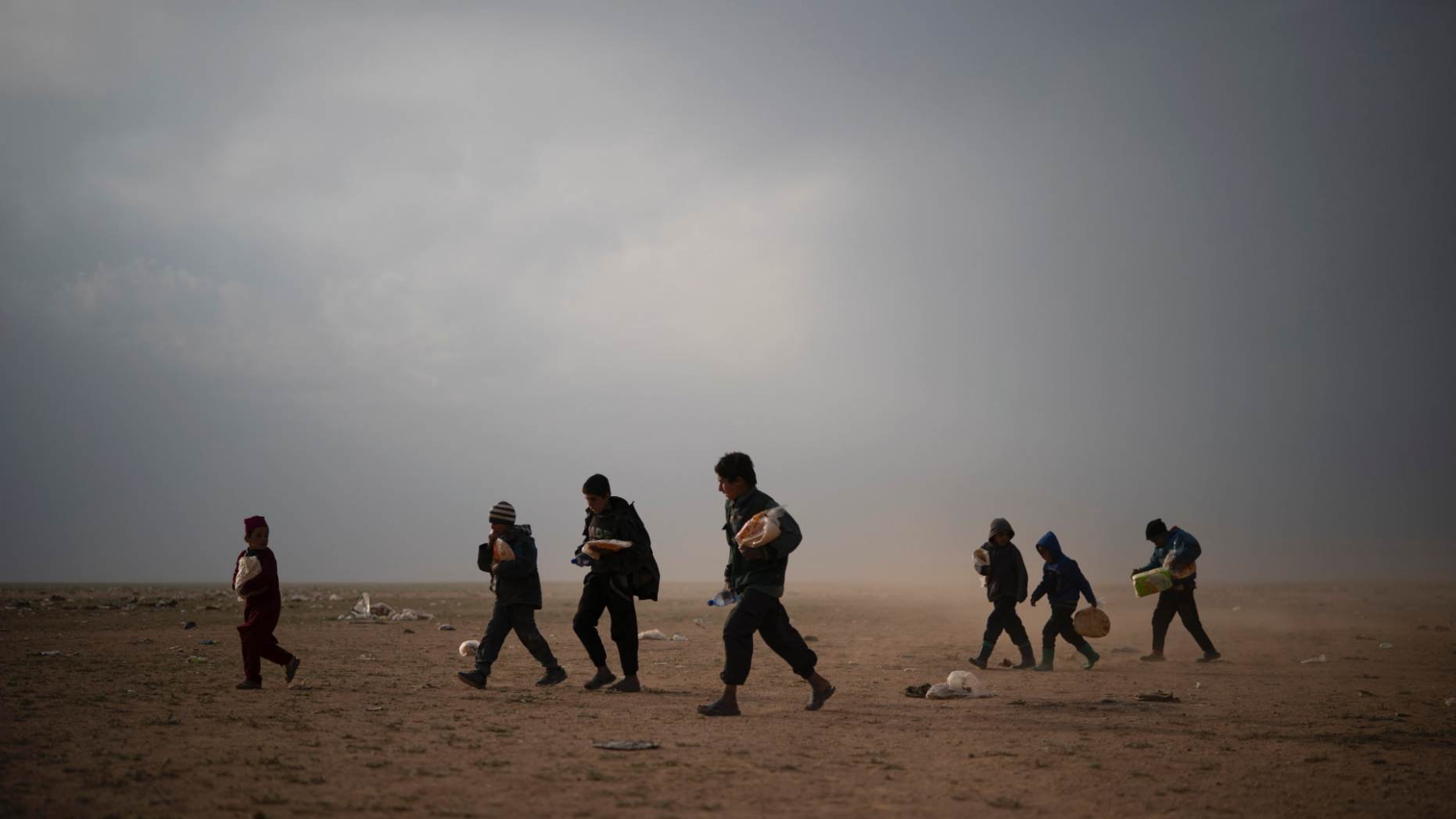 Photo of Iraq says it can help return IS fighters to their countries