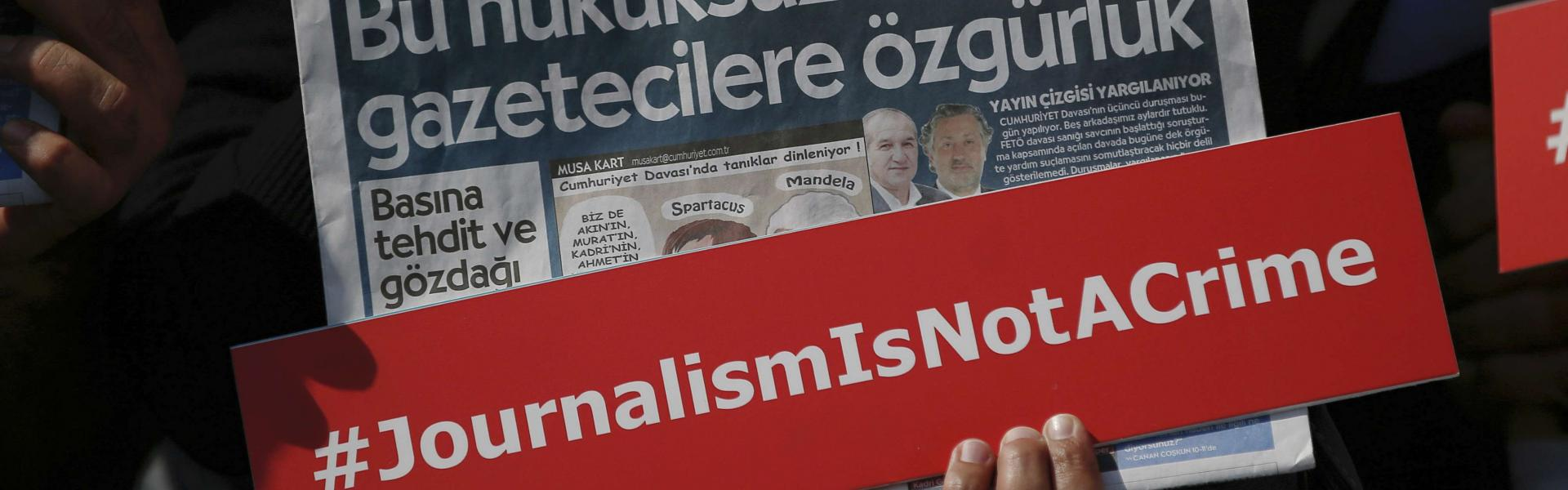 Photo of Turkish court confirms prison sentences for journalists