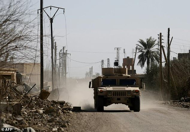 Photo of 'Heavy clashes' as US-backed forces make final push against IS