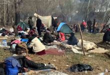 Photo of Turkey continues to exploit refugees, and push Syrians to die on the borders of Europe under the Corona epidemic