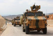 Photo of Turkey is entering new military reinforcements with field guns and heavy armor towards northwestern Syria