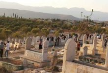 Photo of The Turkish army and its loyal factions continue to excavate graves in Afrin