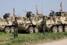 """Photo of """"Us"""" forces are stationed for hours at the entrance to a strategice town in """"AL ـ Hasaka"""""""