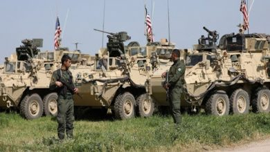 "Photo of ""Us"" forces are stationed for hours at the entrance to a strategice town in ""AL ـ Hasaka"""