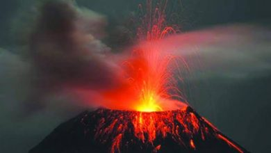Photo of Indonesia's volcano erupts again amid warnings to keep away from its slopes